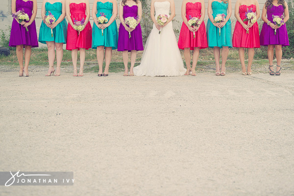 Colors That Go With Red the year's hottest color combinations for your wedding!