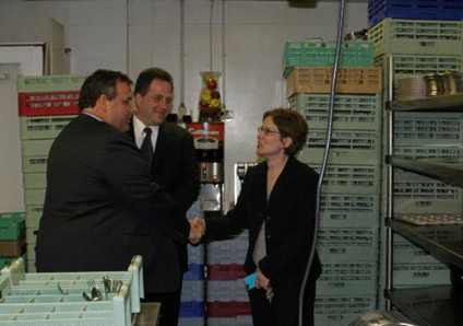 Governor Chris Christie Visits The Westwood, Meets Cindy Williams
